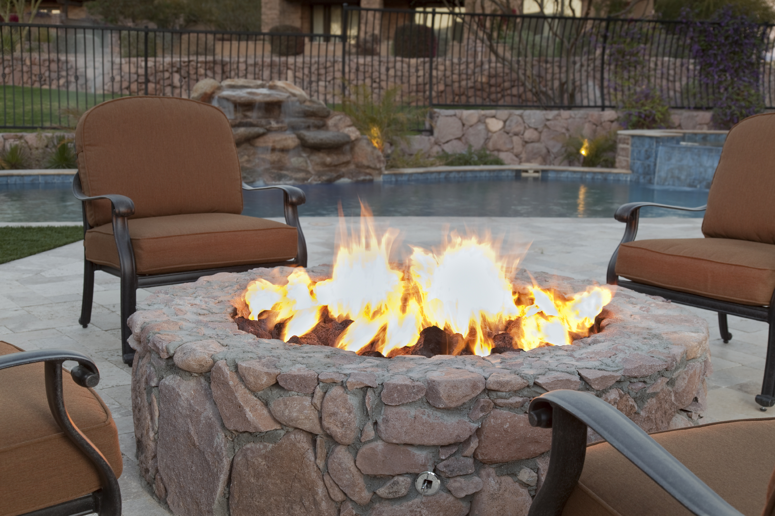 Enjoy The Fall With A Brand New Fire Pit Rismedia S