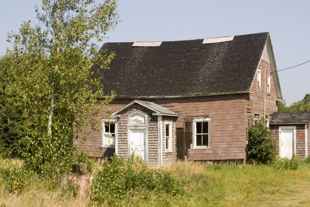 Is It Smart To Buy A Fixer-Upper As Your First Home?