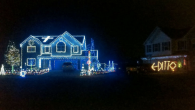funny-christmas-lights-ditto-house