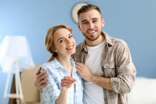 Newlyweds: Here Are 5 Factors to Consider When Buying Your New Home