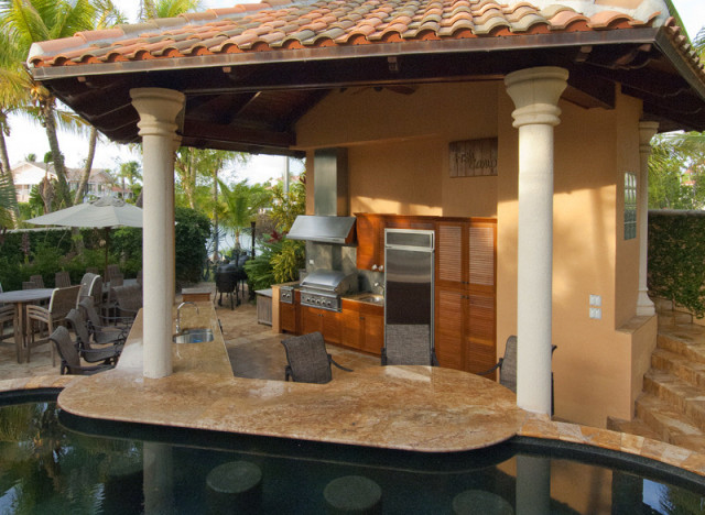 a-OUTDOOR-KITCHENS-640x468
