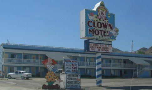 clownmotel2