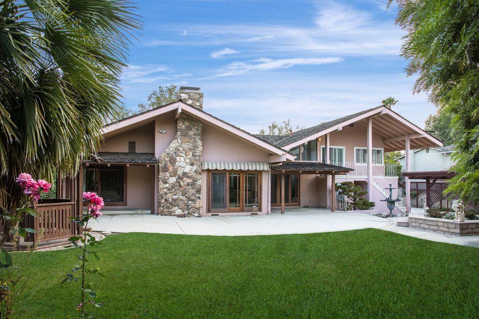 Brady Bunch House Hits...