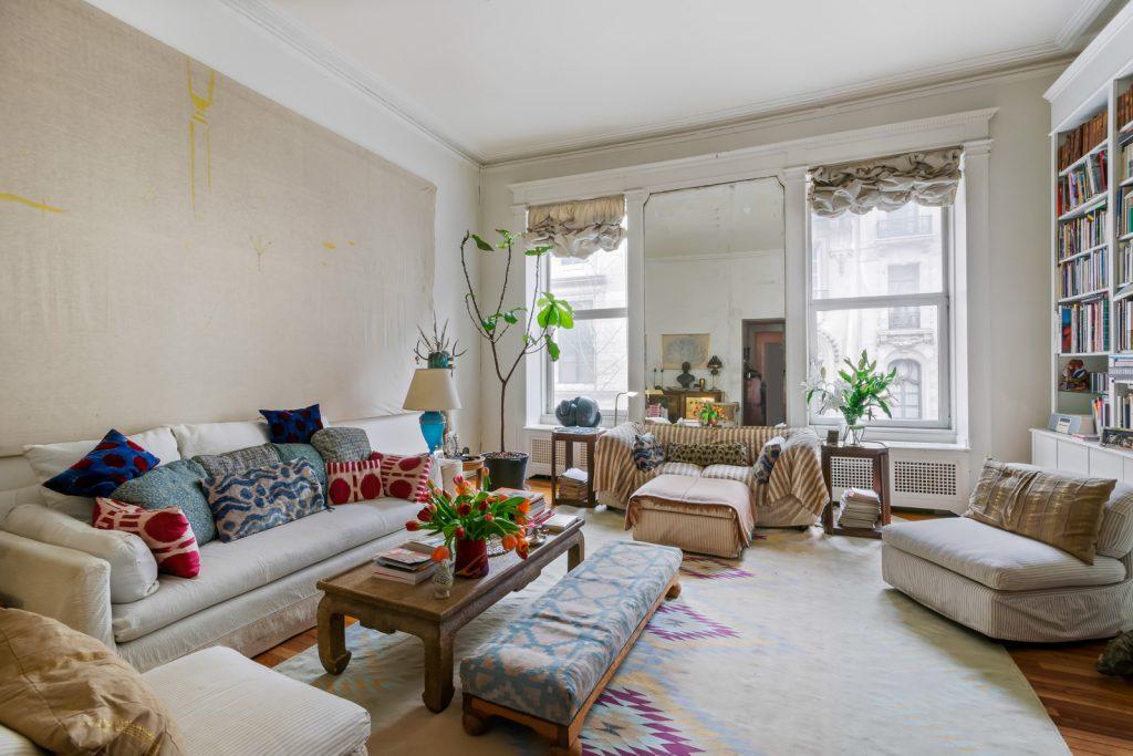 Living Room 1_brightness-2_web