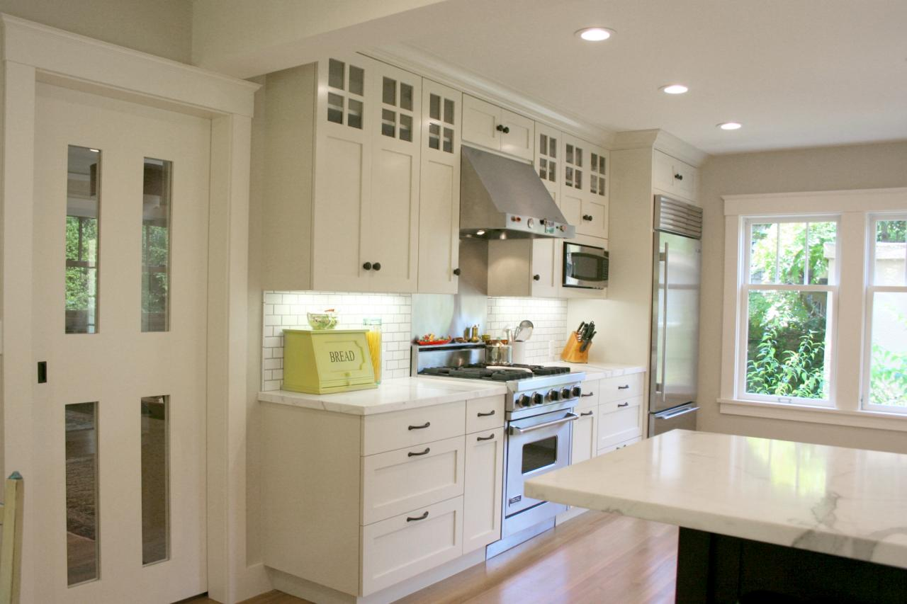 pictures of white kitchen cabinets with glass doors comeback kitchen 3 is new trends rismedia s housecall 24722